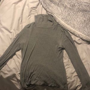 Cotton on, ribbed cropped turtle neck, size small